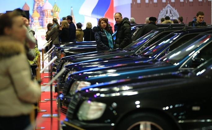 Kremlin'de antika otomobil rüzgarı - Sayfa 2