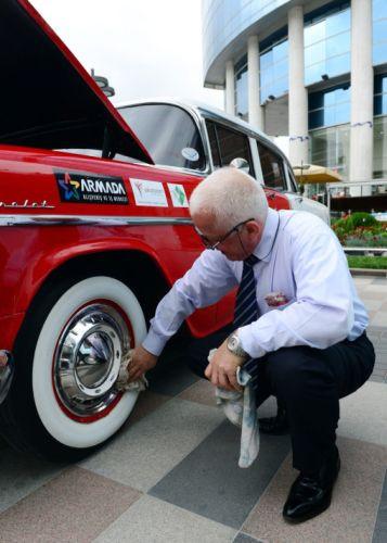 Ankara caddelerinde 40 klasik otomobil