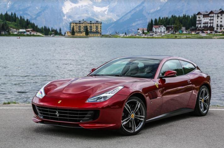 2.3 milyonluk Ferrari Türkiye'de