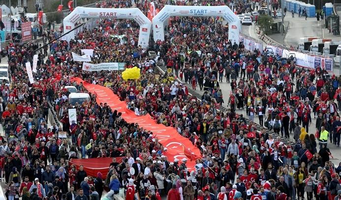 İstanbul '15 Temmuz şehitleri' için koştu