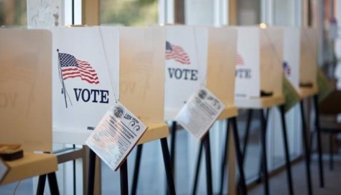 Anketler 13 kritik eyalet için ne diyor?