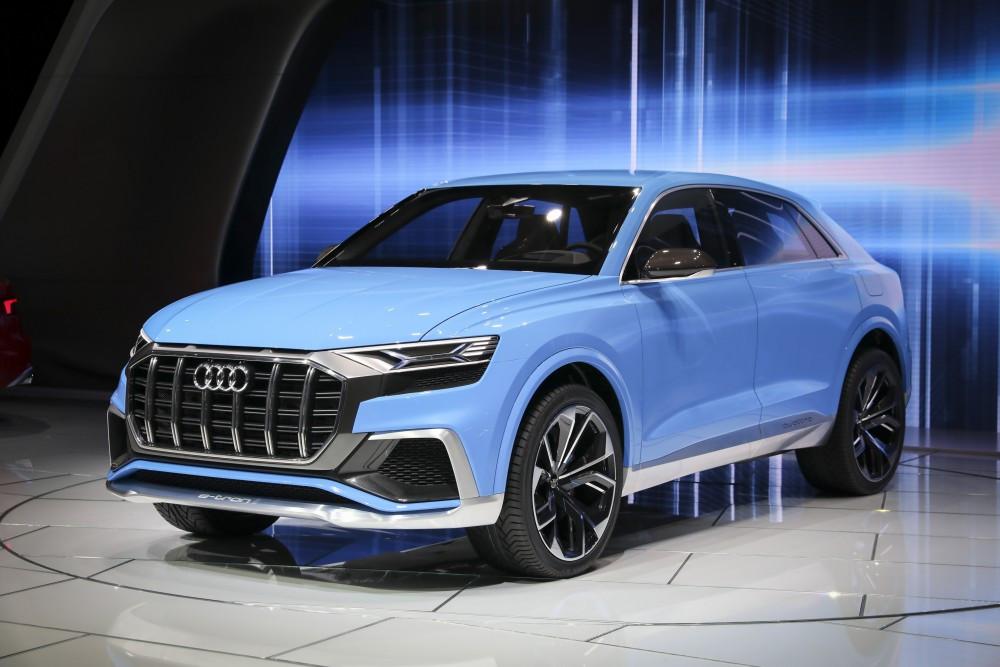Yeni modeller Detroit Auto Show'da