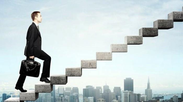 Yeni yılda kariyer hedefleri için 10 anahtar hamle