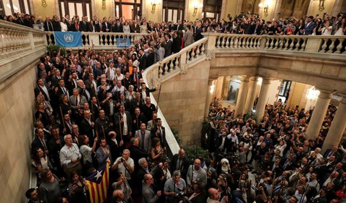 Katalonya'nın bağımsızlık ilanına tepkiler