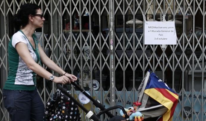Katalonya'da halk sokaklara döküldü