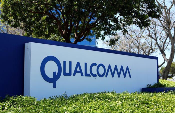 Broadcom, Qualcomm için