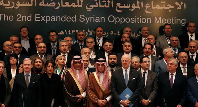 Suriye muhalefeti, Esad'ın görevi bırakmasında ısrarlı