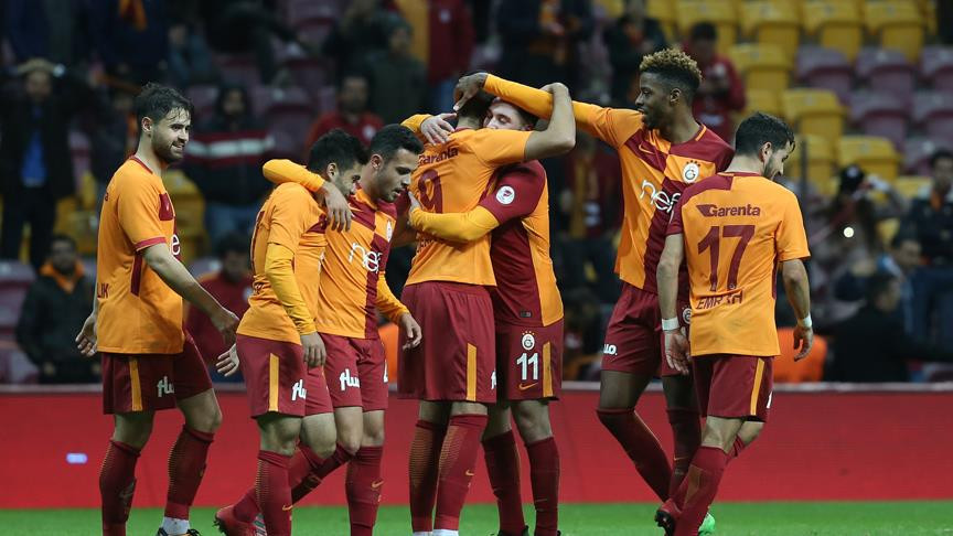 Galatasaray son 9 derbide kayıp
