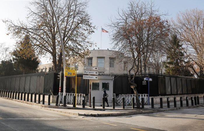 ABD Büyükelçiliği vize hizmetlerine başladı