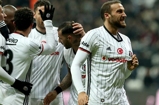 Olympiakos Beşiktaş maçı için  ilk 11'ler netleşti