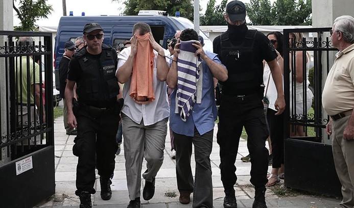 Yunanistan, 3 darbeci askerin iade talebini reddetti
