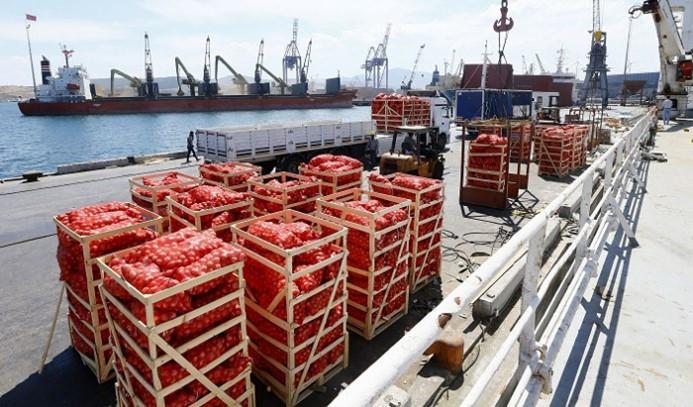 Katar'a ilk gemi yola çıktı
