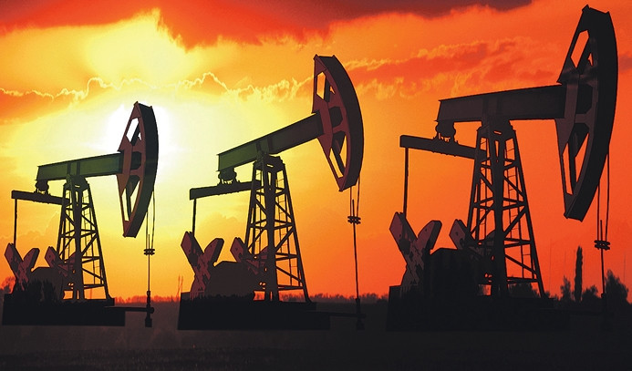 Petrol, 10 ayın dip seviyesinden döndü