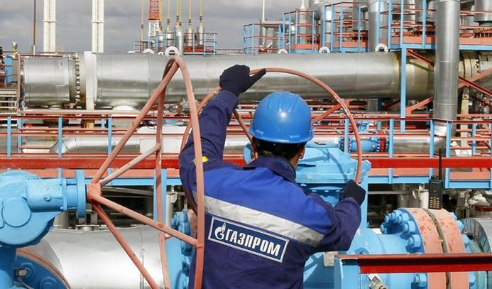 Gazprom'um üretimi ve ihracatı yükseldi