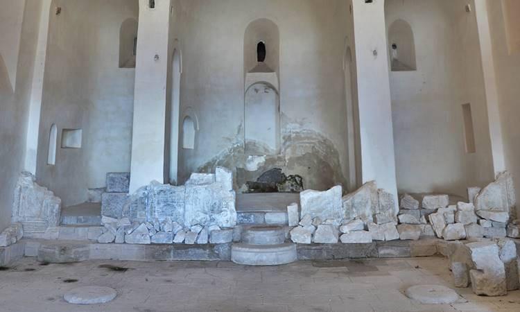 Kayadan oyma 'Meryem Ana Manastırı'