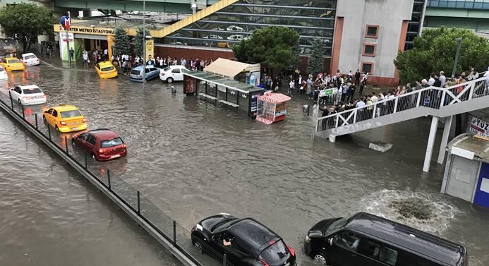İstanbul'un yağmurla sınavı
