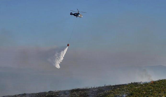 Yangın helikopteri baraj gölüne düştü