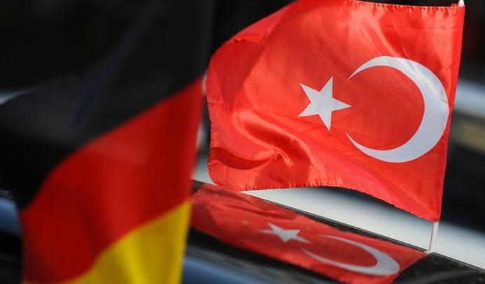 'Almanya anlaşmaları askıya alıyor' iddiası