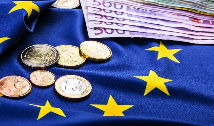 Euro Bölgesi enflasyon tahmini revize edildi