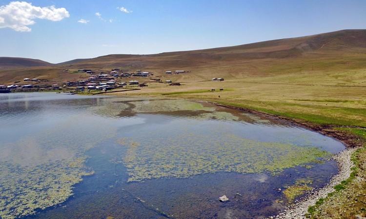 Türkiye'nin en yüksek rakımlı gölü