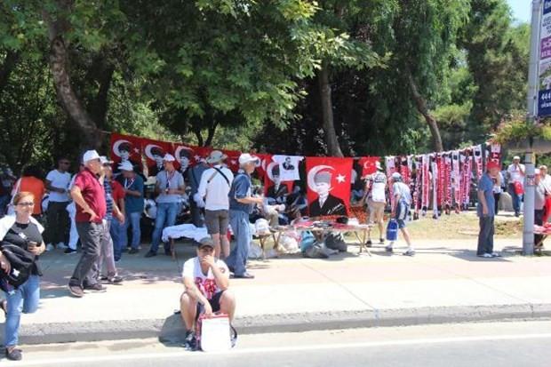 Maltepe'deki 'Adalet' mitingine girişler başladı