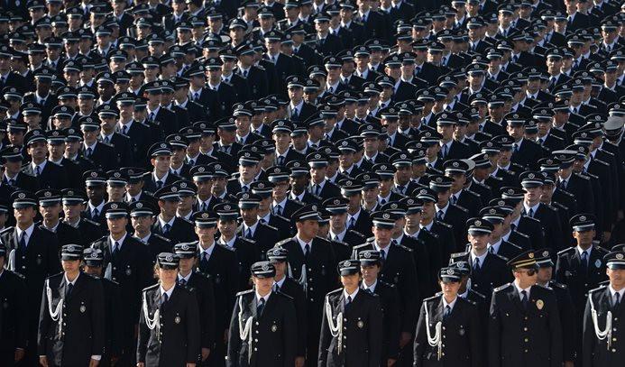 Emniyet Genel Müdürlüğünde 32 bin kadro açıldı