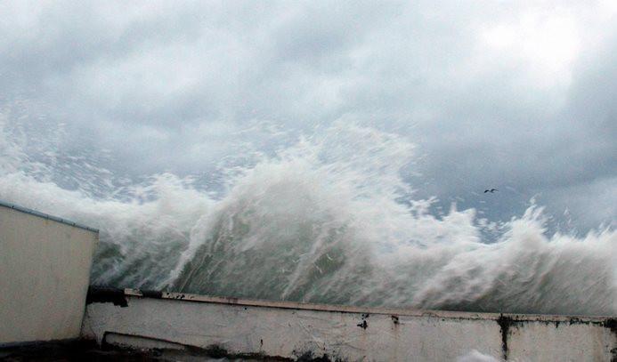 Deniz ulaşıma poyraz engeli