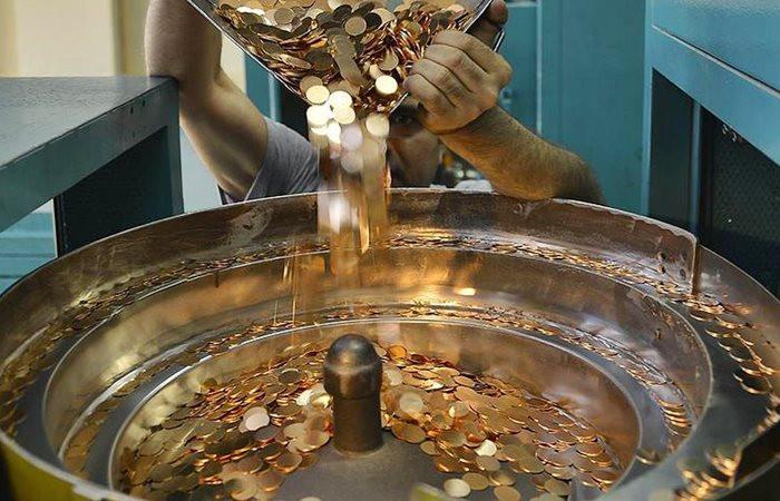 Çeyrek altın üretimi 7 milyon adedi aştı