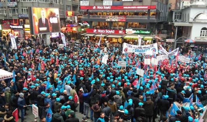 Metal işçisi eylemleri sokağa taşıdı