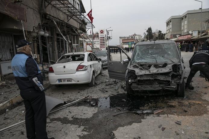 Reyhanlı'ya roket saldırısı: 1 ölü, 37 yaralı