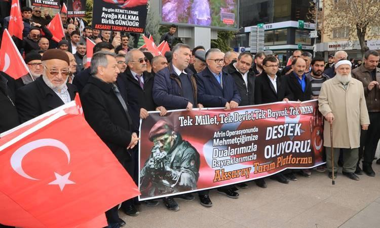 Zeytin Dalı Harekatı'na bayraklı destek