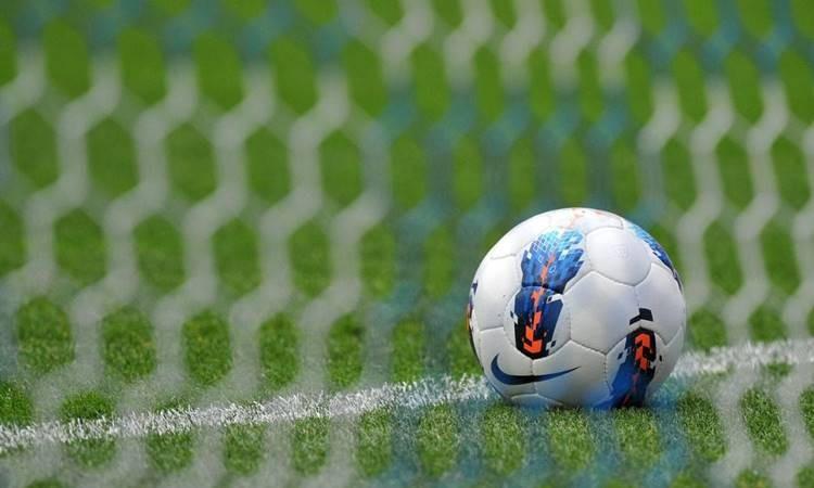 İngiliz kulüpler para basıyor