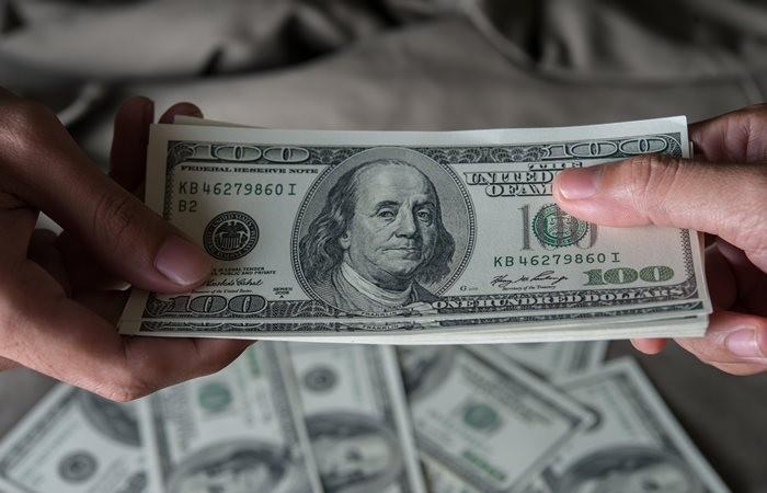 Bu hafta dolar ve altın yatırımcısını üzdü