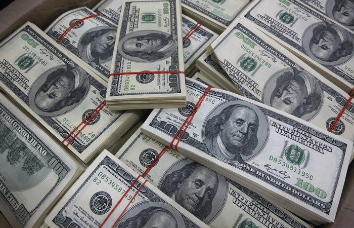 Dolar güçlendi, TL kazanımlarını törpüledi