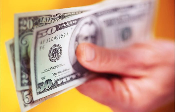 Dolar/TL, Trump'ın mesajı sonrası hızlı düştü