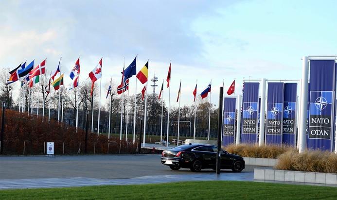 NATO'dan Rusya'ya Nükleer Kuvvetler Anlaşması çağrısı