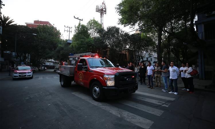 Meksika'da 7.5 şiddetinde deprem