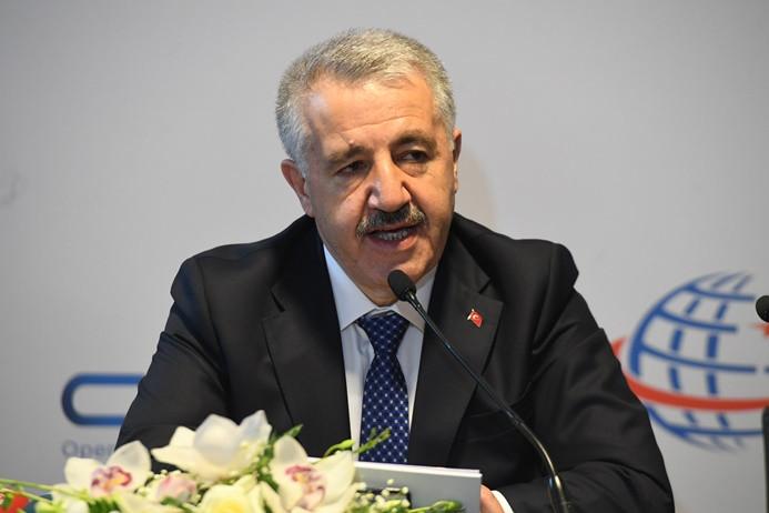 Arslan: Türk Telekom'un hiçbir şeyi gizleme durumu yok