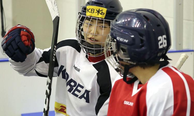 Güney ve Kuzey Kore'nin birleşik takımı, ilk maçını yapacak