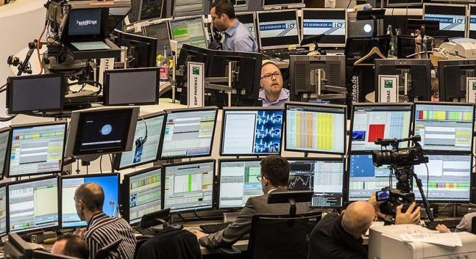 Avrupa borsaları yüzde 4 düştü