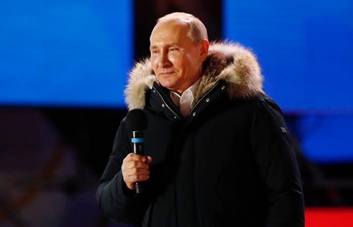 Putin altıncı iktidar dönemine başladı