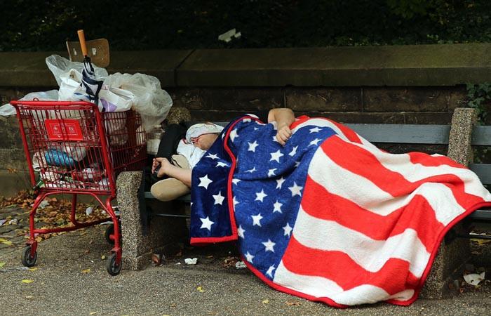 ABD'lilerin büyük bölümü, temel ihtiyaçlarını karşılayamıyor