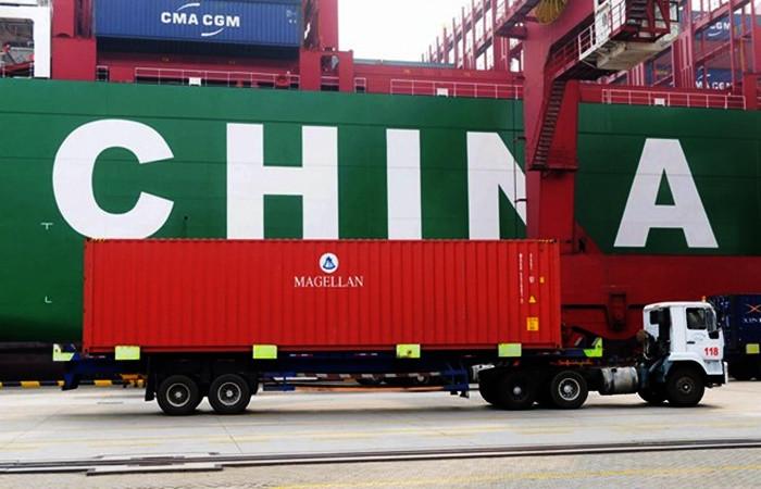 Çin'de ihracat ve ithalatı beklentileri aştı