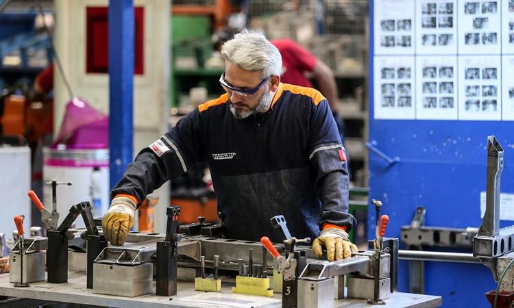 Bentley ve Porsche için parça üretiyorlar