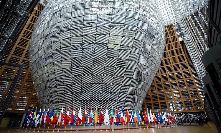 Türkiye'ye 3 milyar euro yardıma onay