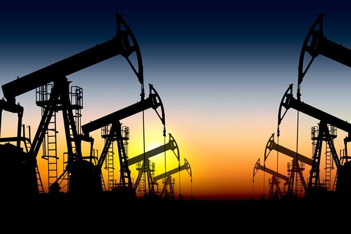 Brent petrol 76 dolar sınırında