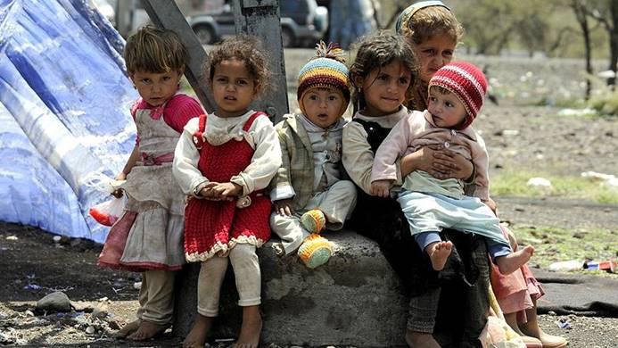 ''Yemen'de insanlar kıtlıktan ot yemeye başladı''