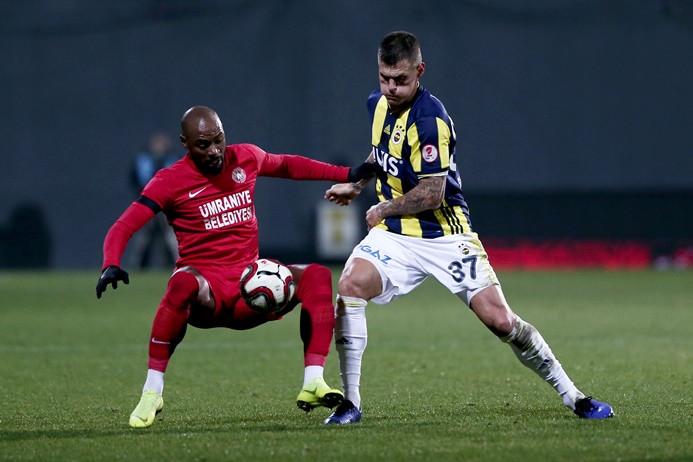 Ümraniyespor Fenerbahçe'yi devirdi