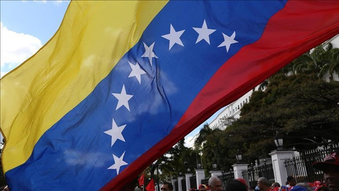 ABD'li diplomatlar Venezuela'dan ayrılıyor