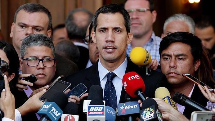 Venezuela'da Guaido'nun evine baskın iddiası